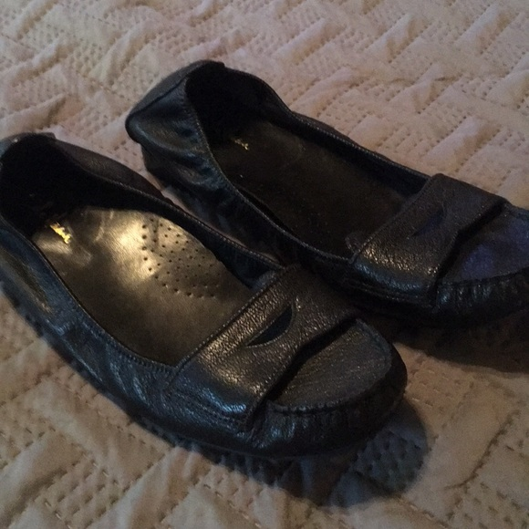 695d25a457bc6 Cole Haan Shoes | Penny Loafer With Nike Air Insole | Poshmark
